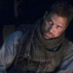 Manu Bennett como Deathstroke