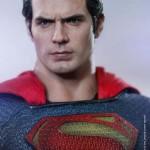 Figura de Superman de Hot Toys basada en El Hombre de Acero