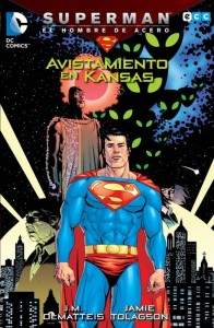 Superman: El Hombre de Acero. Avistamiento en Kansas