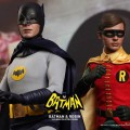 Figuras clásicas de Batman y Robin de Hot Toys