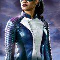 Iris West con traje en The Flash